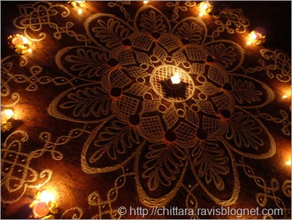 Deepavali_Flower_Rangoli_Lights_closeup