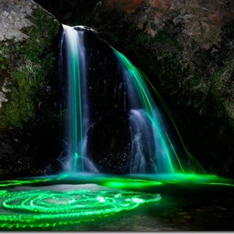 Cascade de lumini în nordul Californiei