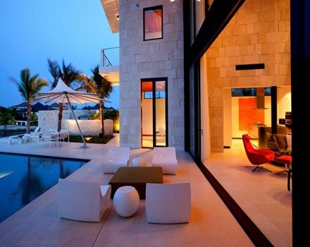 muebles-de-piscina-muebles-de-jardin-casa-de.lujo