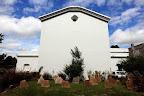 La glesia de San Carlos, la más antigua de Uruguay, tiene un cementerio que data de mediados del siglo XVIII. Foto: LA NACION / Sebastián Rodeiro