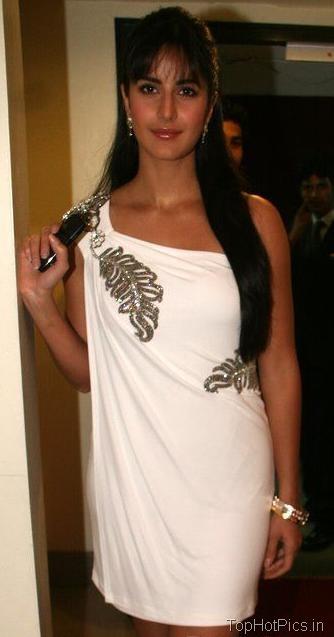 Katrina Kaif Hot Pics in Gorgeous White Dress 3