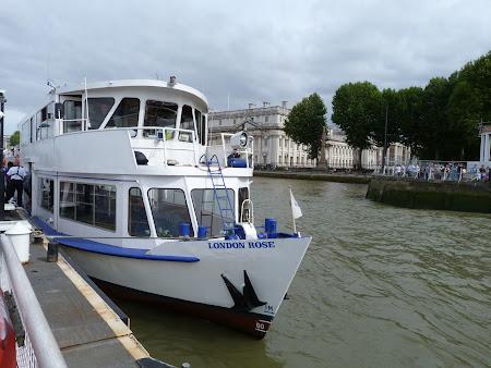 Plimbare de placere Londra: cu vaporul pe Tamisa