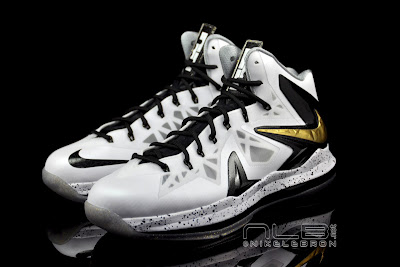 lebron10 ps elite white gold 60 web black The Showcase: Nike LeBron X P.S. Elite+ White & Gold