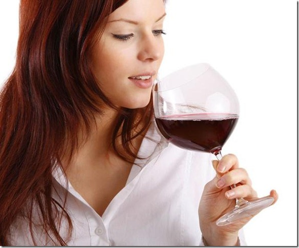 mujer_vino_act