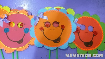 Máscaras con papel de colores