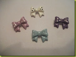dotty bow brooch
