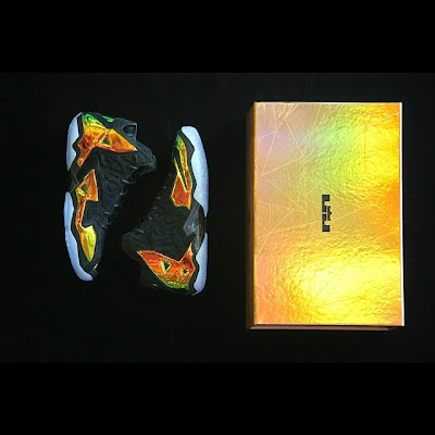 nike lebron 11 nsw sportswear ext kings crown 6 09 Release Reminder: Kings Crown LeBron 11... the Whole Package