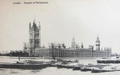 Vintage postcard London Parliment bldg