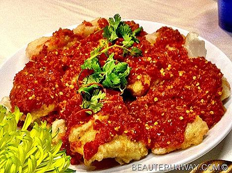 AZUR CROWNE PLAZA  Ikan Goreng Cili fried fish with sambal chilli CHANGI AIRPORT PERANAKAN BUFFET SPREAD CHEF KENNY CHAN BIBIK