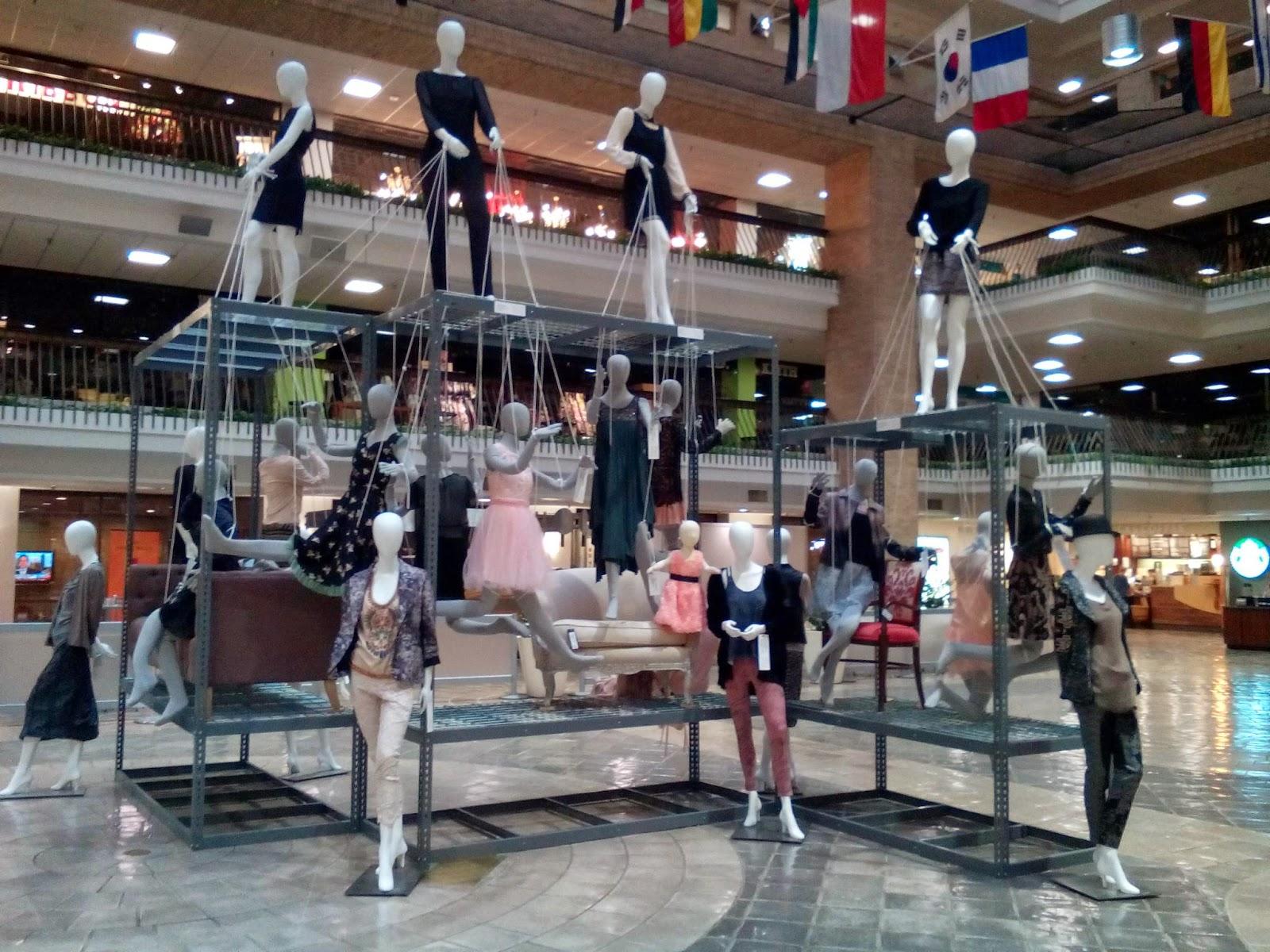 Fashion center dallas world trade