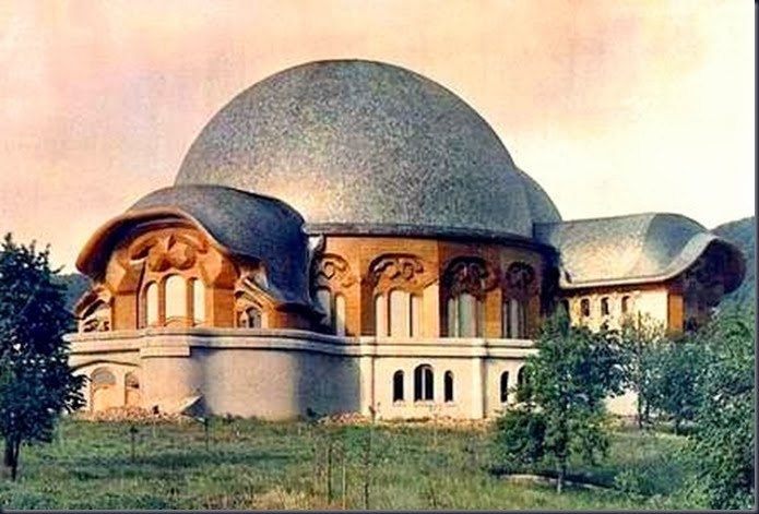 first_goetheanum3