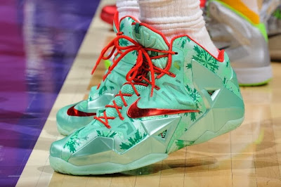 lebron james nba 131225 mia at lal 05 James Unwraps Christmas LeBron 11 Shoes in Win Over Lakers