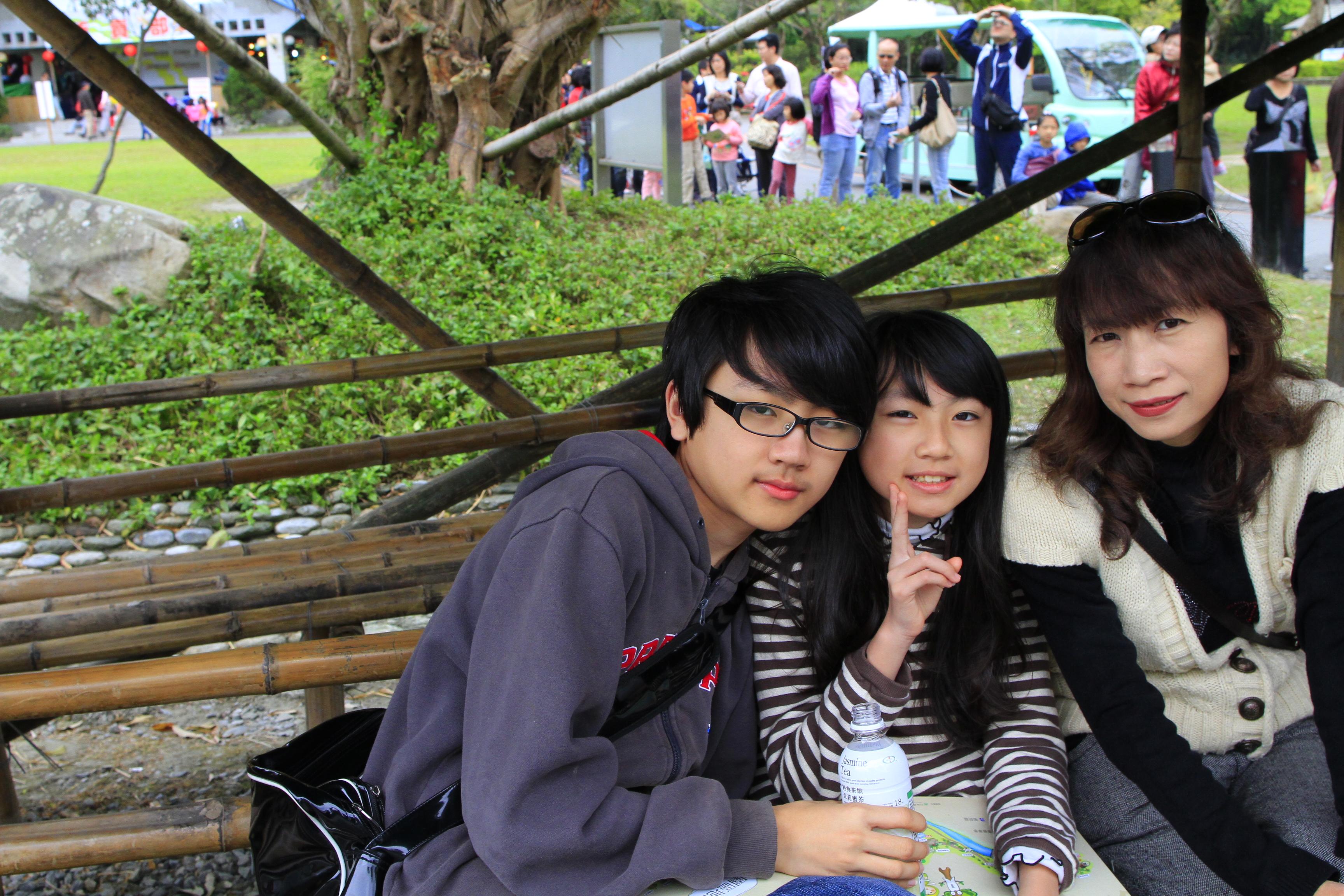 私服姿の女子小中学生277着目 [無断転載禁止]©bbspink.comfc2>1本 YouTube動画>25本 ->画像>1287枚