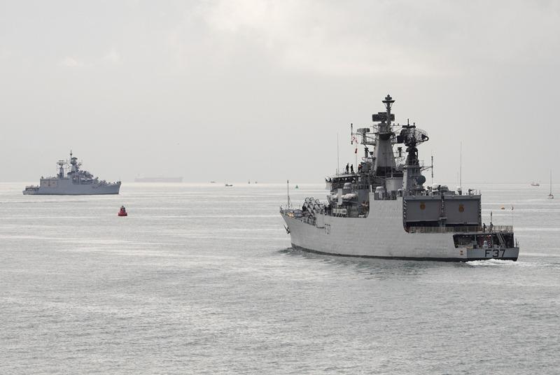 Brahmaputra-Class-Frigate-INS-Beas-F37-INS-Brahmaptura-F31-Indian-Navy-01