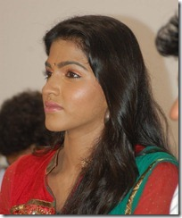 dhansika_side_photo