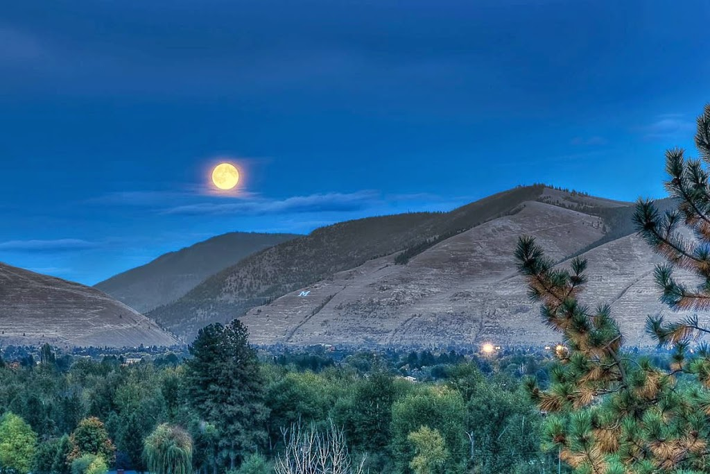 Moon Over Missoula.© Mark Mesenko. Prints available at www.mesenko.com