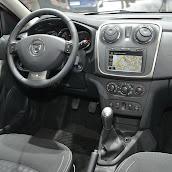 2014-Dacia-Logan-MCV-7.jpg
