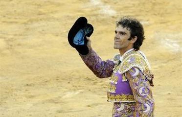 Jose-Tomas-reaparece-Valencia_ESTVID20110724_0003_6