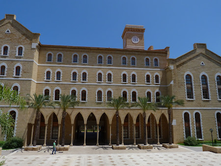 Obiective turistice Liban - American University of Beirut.JPG