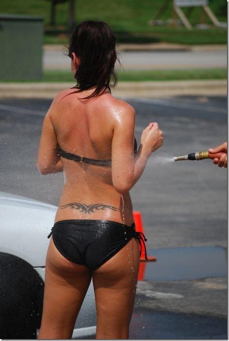 best-bikini-carwash-6