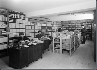 Livraria Torrens (R.Antero de Quental).2