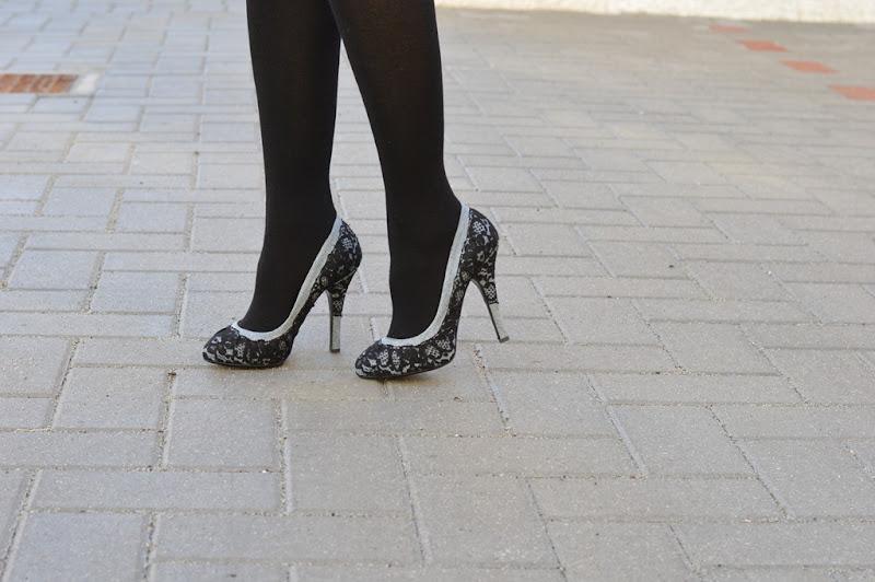 Dolce & Gabbana, Dolce & Gabbana Lace, Dolce & Gabbana Pumps, Dolce & Gabbana Scarpe, Calzedonia, Calze Calzedonia, Calzedonia Tights