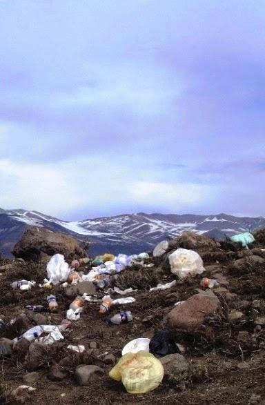 [Lixo-nos-Andes---Agosto-20122.jpg]