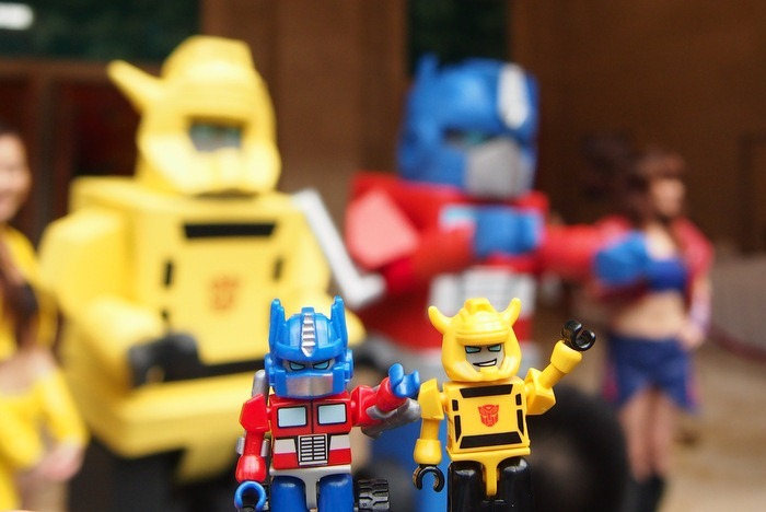 Optimus Prime and Bumblebee Big and Little Kreons