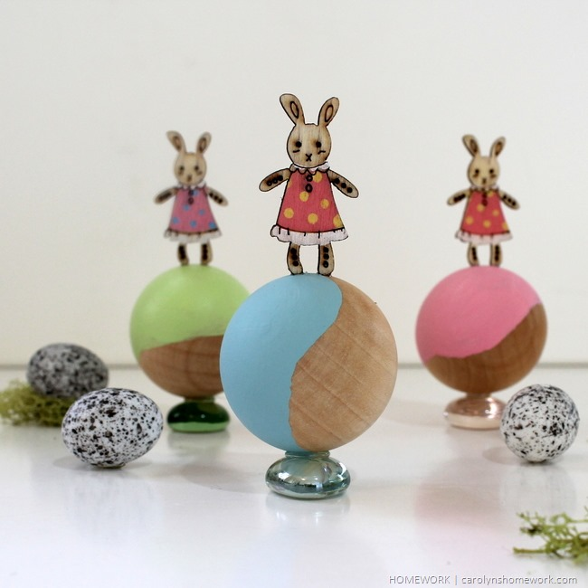 Easter Bunny Kid's Table Decor via homework | carolynshomework.com
