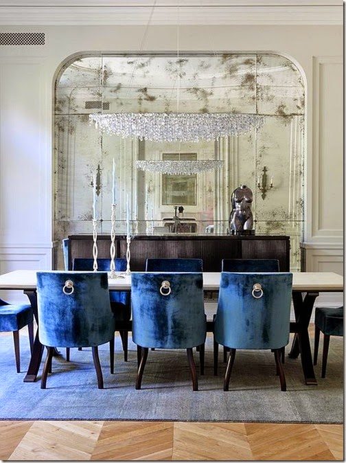 traditional-dining-room-design-in-navy-blue