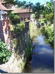 2012.07.20-007 ruisseau du Doigt à Beuvron-en-Auge