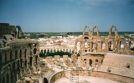 22. Amfiteatrul roman din El Jem, Tunisia.jpg