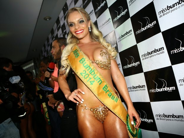 Sexy Girls at indianara Carvalho Miss Bumbum Best ass Competition