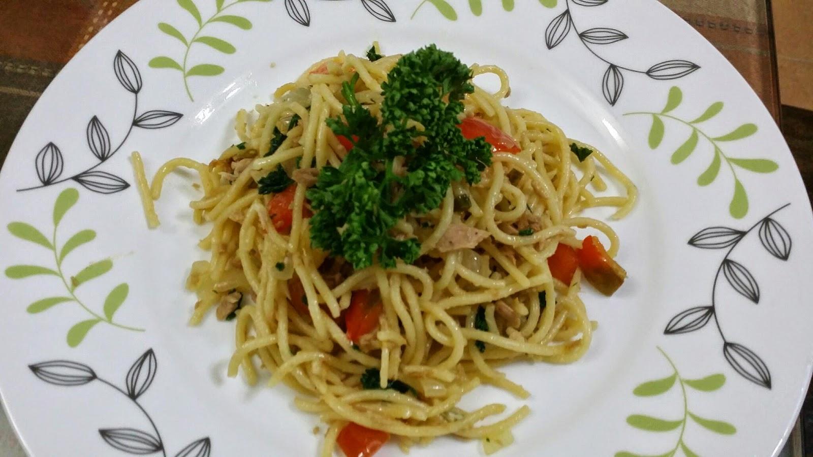 Zulfaza Loves Cooking Spaghetti Goreng Tuna Fried Manisan Mangga Kering