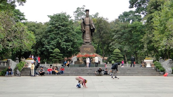Praça em Hanói