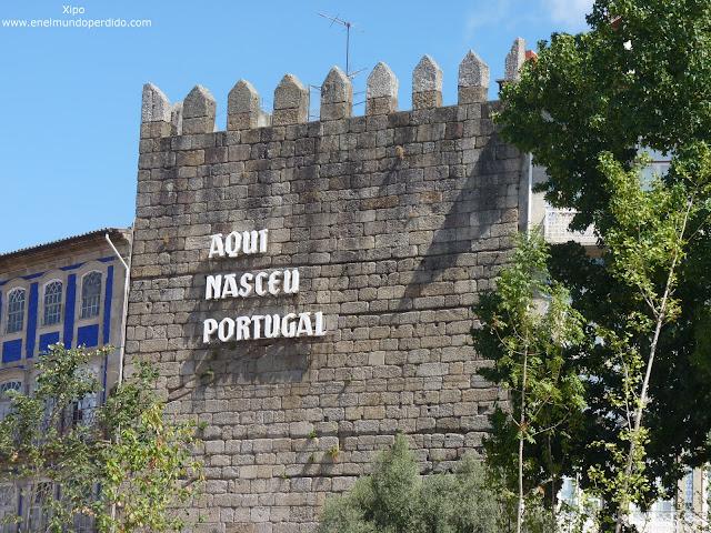 aqui-nasceu-portugal-guimaraes.JPG