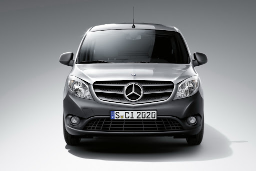 2013-Mercedes-Citan-04.jpg