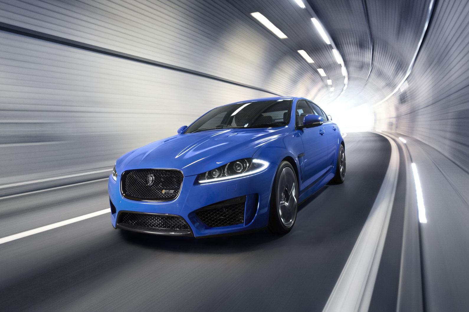2014-Jaguar-XFR-S-9[2].jpg