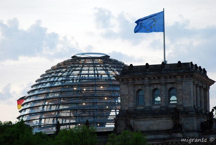 Cùpula y bandera - Reichstag - Berlin