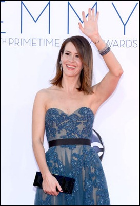 Sarah Paulson Wear Sapphire Bangles & Diamond Drop Earrings