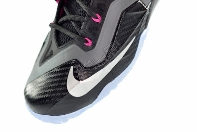 lebron11 miami nights 21 web white The Showcase: Nike LeBron XI Miami Nights Carbon