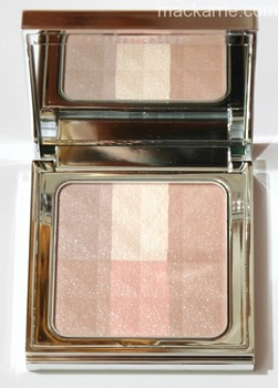 c_BrighteningNudesBrighteningFinishingPowderBobbiBrown5