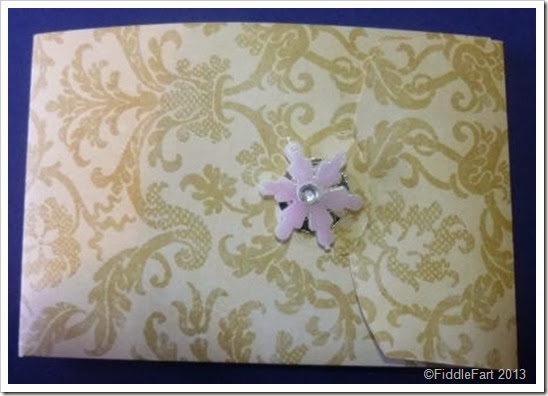 Voucher Presentation Wallet. Sizzix. Crafts