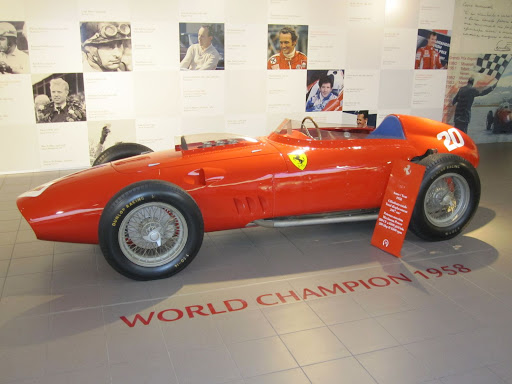 Ferrari 430 Scuderia - profile
