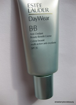 Estee Lauder BB Cream 01 Light (3)