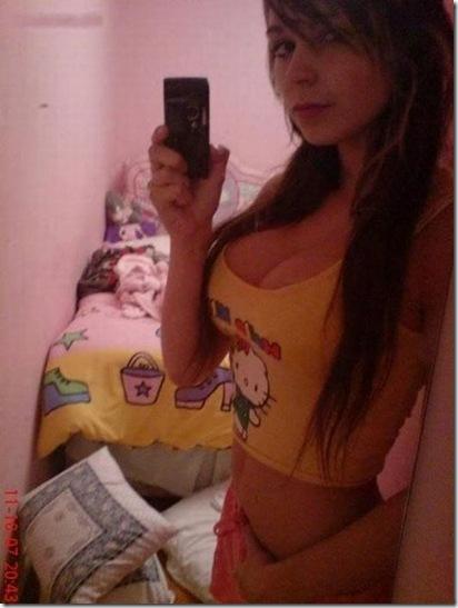 sexy-facebook-girls-19