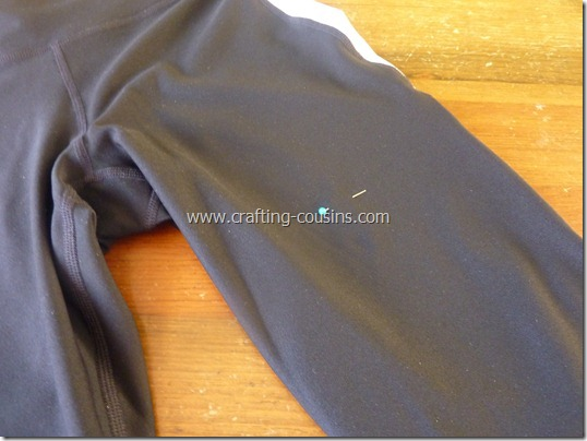 Make your own lap swim or triathlon suit tutorial from The Crafty Cousins (8)