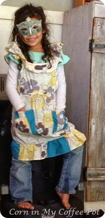 repurposed blouse to apron
