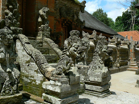 What to do in Bali: Pura Dalem Agung