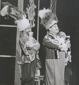 Frank Guarrera as Guglielmo (left) and Richard Tucker as Ferrando (right) in Mozart's COSÌ FAN TUTTE [Photo by Mark Hagmann]